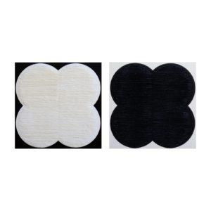 Díptico forma flor blanco y negro sobre negro y blanco 100 x 100 cm. unidad 2021