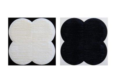Díptico. Formas flor blanca y negra sobre fondo negro y blanco